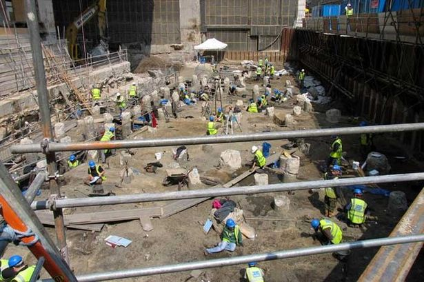 0 Archeological dig Copthall Avenue London EC2 geographorguk 426589